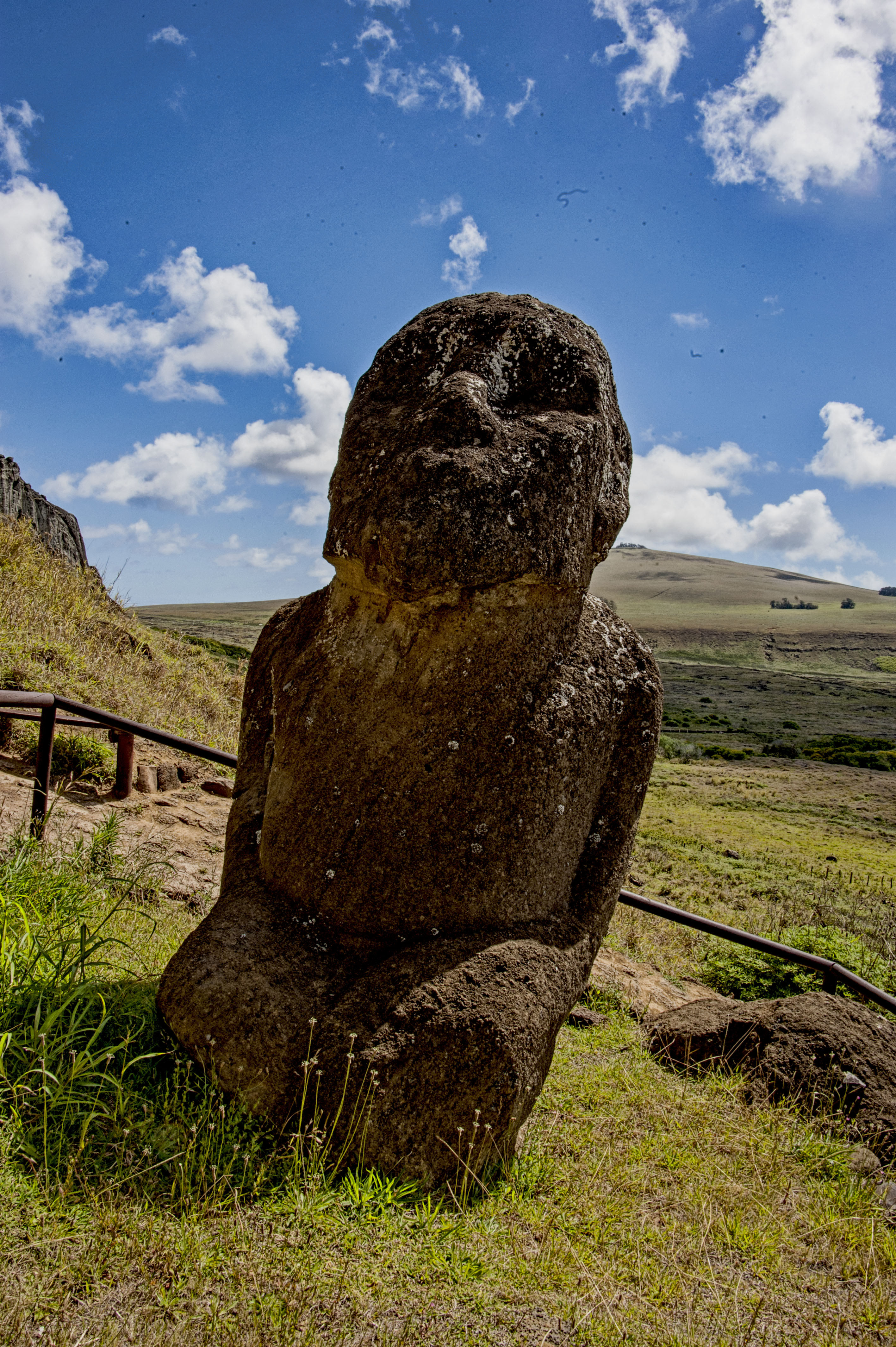 Kneeling Moai Fromalaskatobrazil