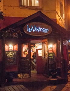 Los Vikingos Pub