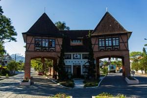 Pomerode Town Gate